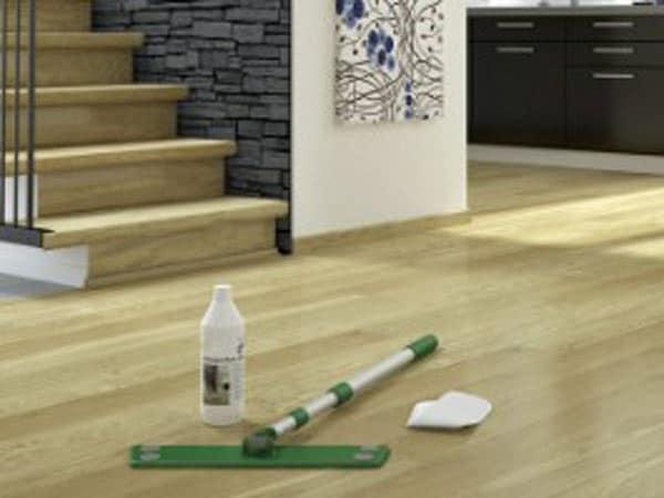 prodotti-manutenzione-pavimenti-in-legno-modena-carpi